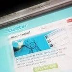 Facebook và Twitter bị tấn công