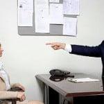 Quan hệ giữa sếp trẻ và nhân viên lớn tuổi
