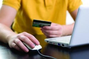 Khách hàng có thể tự mình giảm thiểu nguy cơ bị tấn công khi giao dịch trực tuyến.